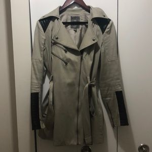 GUESS coat with leather patches